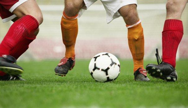Как правильно делать ставки на футбольные матчи