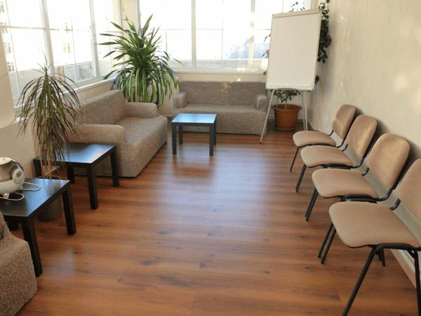 Преимущества аренды мебели для проведения различных мероприятий