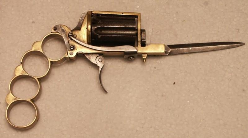 Миниатюрное оружие «Апач». Револьвер-кастет-нож.