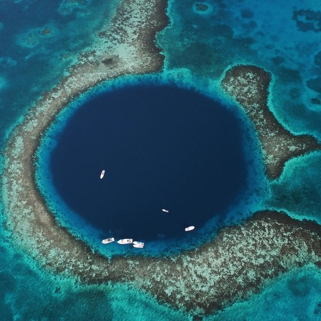 10. Большая голубая дыра, Белизский барьерный риф