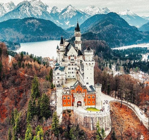 1. Замок Нойшванштайн, Германия